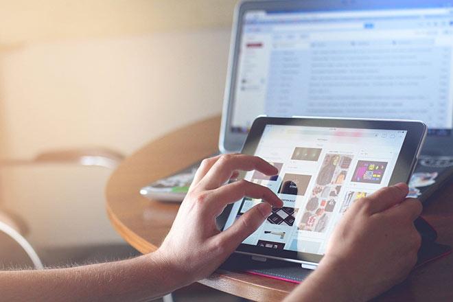 Bùng nổ mua sắm online, người tiêu dùng có đang hưởng dịch vụ chăm sóc tốt