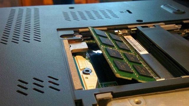 Chỉ dẫn cách soát Ram laptop và cách đỡ vội vàng Ram laptop