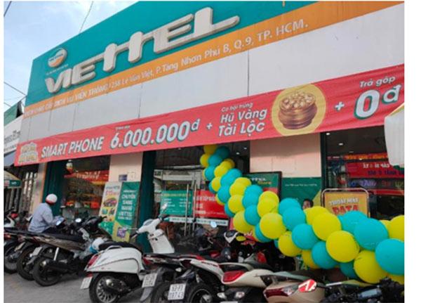 Viettel Store nhân dịp khai trương các siêu thị mới tại TP HCM